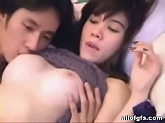 Hot prelude from a horny asian couple