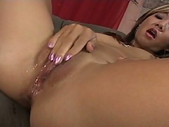 Passioniate asian chick gets a soaking wet pussy