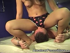 Thai Sammy facesits a guy and gets rimmed