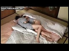 Japanese Girl Gives In To Her Masseur And Lets Him Fuck Her Hard - Spy Video