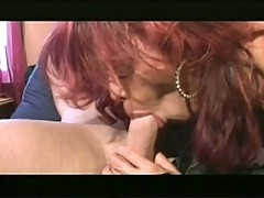 Shemale babe that loves sucking sweet big cock