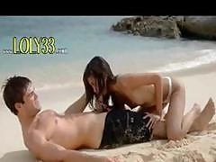 Ultra Sexy Asian Fuck On The Beach
