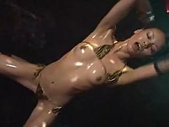 Best oiled up asian dancer