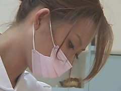 Japanese Dentist helps against fear and pain, nice service 2