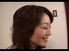 Japanese Housewife Gives a Special Blowjob (Uncensored)
